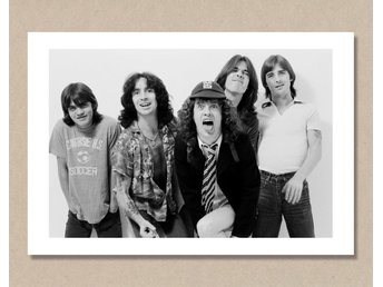 AC/DC (acdc) - London, 1979 - Costello - 48,5x33cm / A3 / LNEI-Print - London - AC/DC (acdc) - London, 1979 - Costello - 48,5x33cm / A3 / LNEI-Print - London