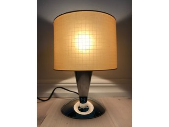 Retro bordslampa plåt lampa 80 tal