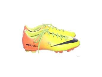 new concept 4ca34 bdc92 Nike, Fotbollsskor, Strl  37,5, Gul Orange Svart