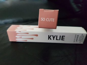 Kylie Jenner Lipgloss SO CUTE - Söderhamn - Kylie Jenner Lipgloss SO CUTE - Söderhamn