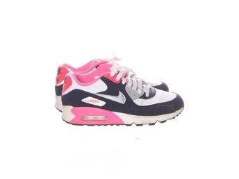 competitive price 0d995 a79d1 Nike, Sneakers, Strl  38,5, NIKE AIR, Svart Vit Rosa