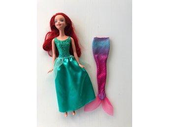 lilla sjöjungfrun docka