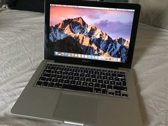 "MacBook Pro 13"" - Early 2011 - SSD - 8gb RAM"