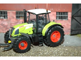 Universal Hobbies UH Claas Arion 640 limited edition skala 1:32