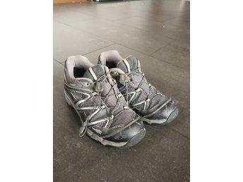 Salomon vattentäta skor strl 35,5