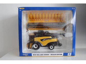 New Holland CR 9060 dealer edition 1/32