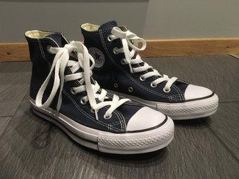 4a54701d93f Svarta Converse (Chuck Taylor) - helt oanvända .. (342470773) ᐈ Köp ...