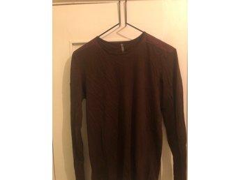 Brun stickad tröja från These Glory Days (359104869) ᐈ Köp