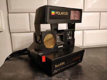 Polaroid Autofocus Sun 660 Land camera