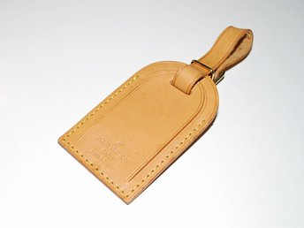 Louis Vuitton Name Tag