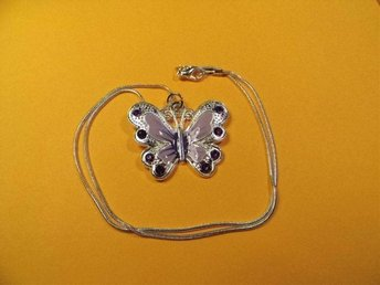 Lila fjäril halsband hänge / purple butterfly necklace