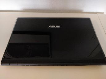 Asus UX50V, Intel 1.4GHz, 4GB RAM, 500Gb HDD, Windows 7, Defekt batteri