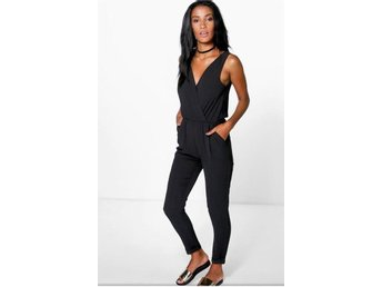 Omlott wrap Svart playsuit jumpsuit storlek  L Made in Italy Nytt!