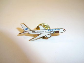 SAS - Scandinavian Airlines - pins