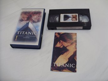 Titanic VHS PAL Engelsk Portugal utgåva James Cameron music by Celine Dion 1998