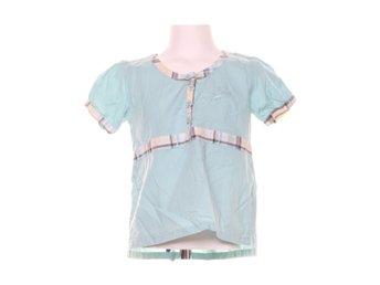 Köp Barnkläder strl 134140 online på Tradera