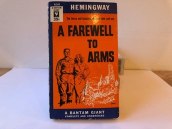 A farewell to arms - Ernest Hemingway - A Bantam Giant