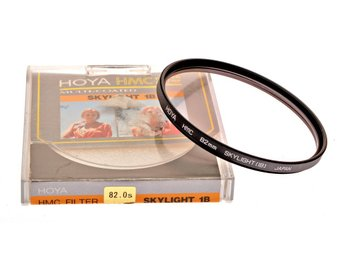 HOYA 82mm skylight filter