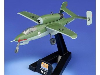 Easy Model Heinkel He162 Salamander - 1/72 scale - German WW2 jet fighter!