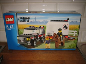Lego city 7635 4WD & hästtransport obruten låda 5-12 år 176 bitar