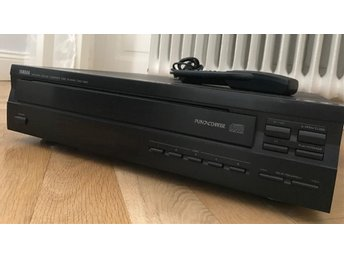 Yamaha natural sound compact disc player cdc-565 play and change 5 disc