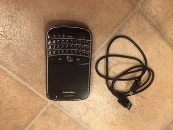 BlackBerry Bold 9000 + 2MP Kamera  + USB LADDARE + 3G+ OLÅST FULLFUNGERANDE !!