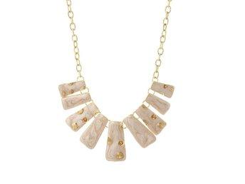 Exklusivt handgjort halsband guld vit vitt cremevit strass - Hultsfred - Exklusivt handgjort halsband guld vit vitt cremevit strass - Hultsfred