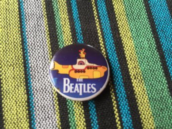 Yellow submarine badge