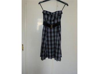 jättefin klänning, ballklänning, festklänning, student, fin klänning 36 - Mariannelund - jättefin klänning, ballklänning, festklänning, student, fin klänning 36 - Mariannelund