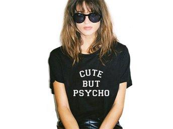 T-Shirt Tröja Cute but Psycho - Svart XL - Hong Kong - T-Shirt Tröja Cute but Psycho - Svart XL - Hong Kong