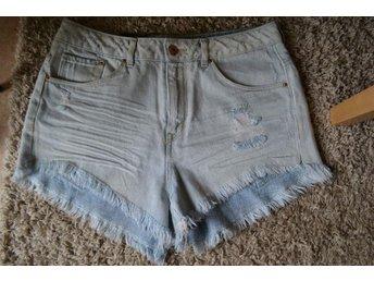 ¤¤ Snygga! Jeans shorts Divided H&M ¤¤ - Uppsala - ¤¤ Snygga! Jeans shorts Divided H&M ¤¤ - Uppsala