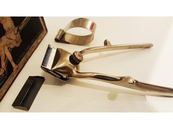 Vintage-Collectible-Hair-Clippers-For-Barbers-Use-Made in Germany