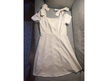 Vit klänning från Lindex storlek 38 - Stockholm - Vit klänning från Lindex storlek 38 - Stockholm