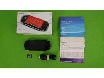 PSP 3004 Konsol Komplett i box med Playstation Portable basenhet