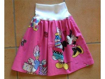 Fin kjol i bomull Minnie Mouse 128 cl - Nässjö - Fin kjol i bomull Minnie Mouse 128 cl - Nässjö