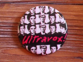 ULTRAVOX - Stor Badge / Pin / Knapp (Punk, John Foxx, 1977, Roxy,)