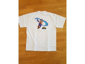NY! Super mario galaxy t-shirt.