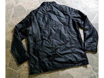 ᐈ Köp Jackor   Ytterkläder Herr på Tradera • 8 856 annonser 13227239186cd