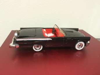 leksaksbil corgi ford thunderbird made in gr britain