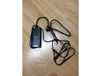 Original Dell 90W laddare / AC adapter / 19.5v 4.62A 90W