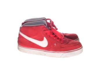 brand new 031db c455a Nike, Sneakers, Strl 45, RödVit, Mocka