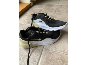 *NYA* Womens Nike Air Max stl 46,5 (37,5)