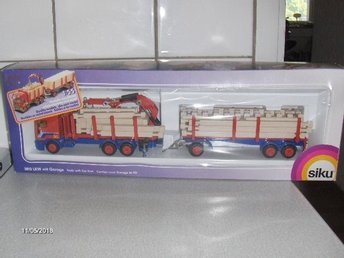Siku 1/55 - 3812 Truck with Car Port, Lastbil + Trailer + Originalask