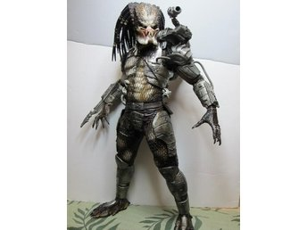 "NECA Predator Action Figure (18"" ca 46 cm hög) 1/4 scale Jungle Hunter"