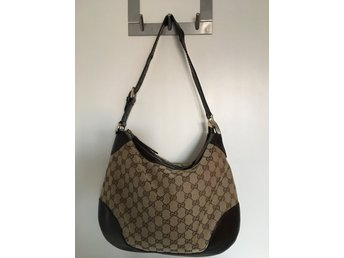 Gucci väska, Charlotte Medium Hobo bag, i gott skick