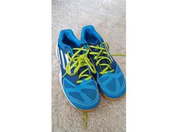 ADIDAS skor 1ggr anv /sport/adidas/skor/träning/barn - östersund - ADIDAS skor 1ggr anv /sport/adidas/skor/träning/barn - östersund
