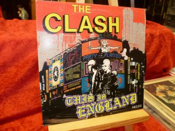 The Clash , Si , This Is England +1