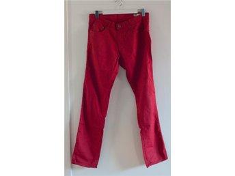 Röda byxor från Crocker (31/32) - Södra Sandby - Röda byxor från Crocker (31/32) - Södra Sandby