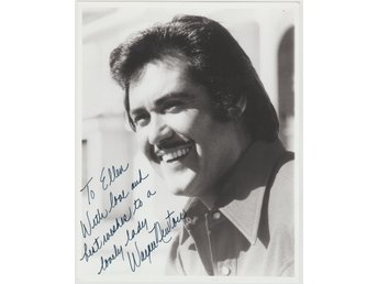 WAYNE NEWTON *Mr. Las Vegas* AMERICAN SINGER AND ENTERTAINER SIGNED AUTOGRAF