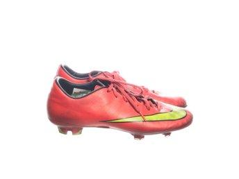 sports shoes 1e654 ce786 Nike, Fotbollsskor, Strl  43, Mercurial, Limegrön Korallfärgad